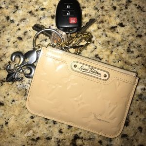 AUTHENTIC LV KEYCHAIN POUCH/Card Holder